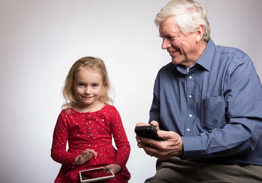 スマホで家族との楽しいコミュケーションも増える